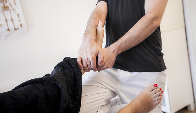 Osteopati med Miguel